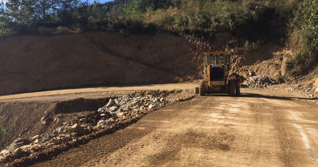 caminos que están construyendo en Oaxaca